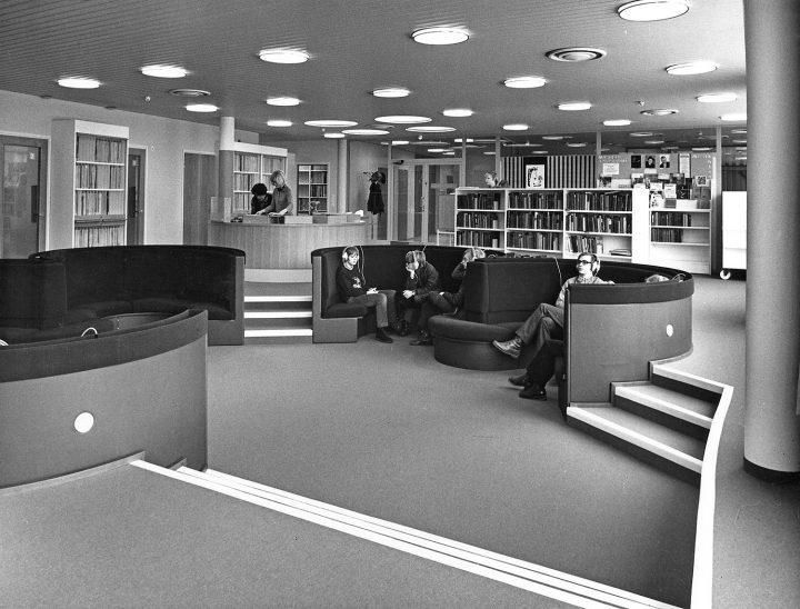 Music library facilities, Töölö Library