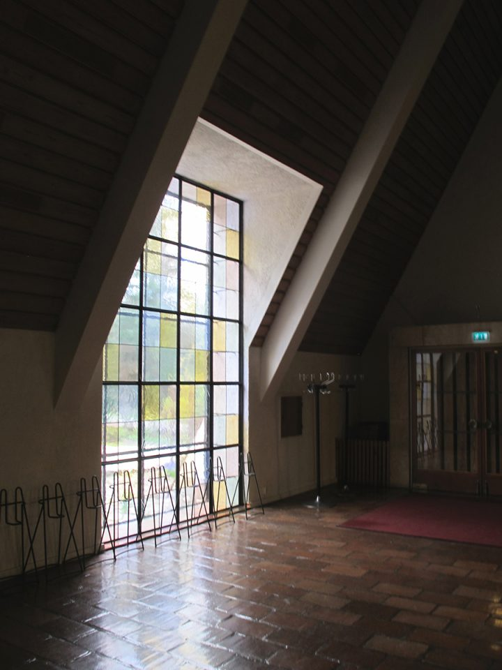 Smaller chapel window, Honkanummi Funerary Chapel