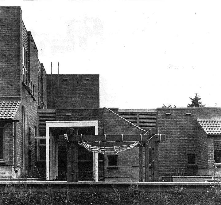 School yard elevation, Karviaistie Daycare Centre and School