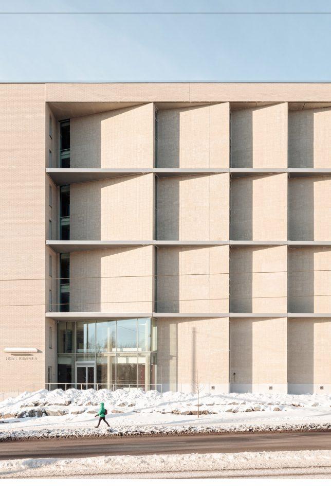 Detail of the façade towards Kustaa Vaasan tie, Kumpula Student Housing