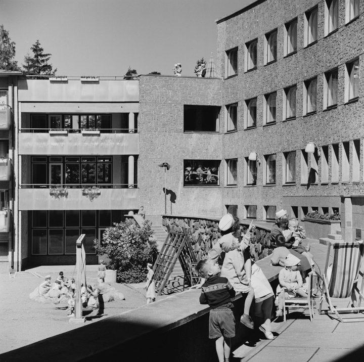 The terraces were designed for children's outdoor activies, Lastenlinna Children's Hospital
