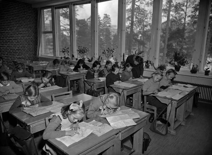 Classroom in 1954, Meilahti Primary School