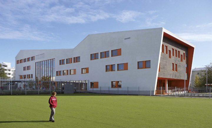 View from the school yard, Tervaväylä School, Lohipato Unit
