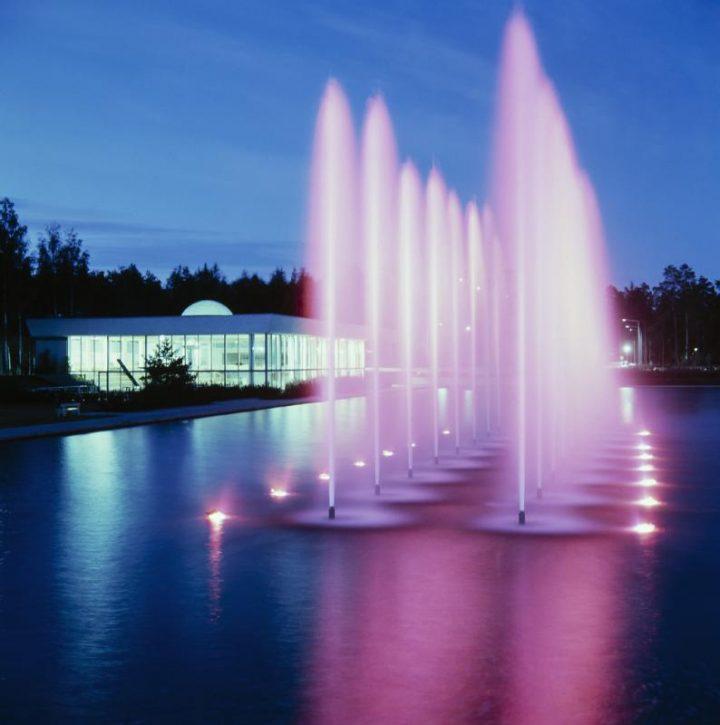 Nighttime view, Tapiola Swimming Hall