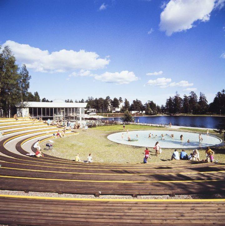 Outdoor pools, Tapiola Swimming Hall