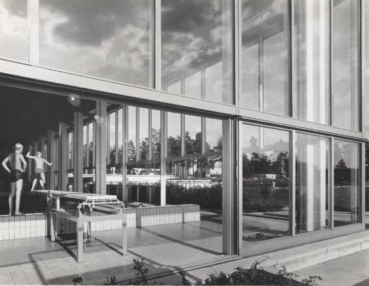 Swimming hall in 1968, Tapiola Swimming Hall