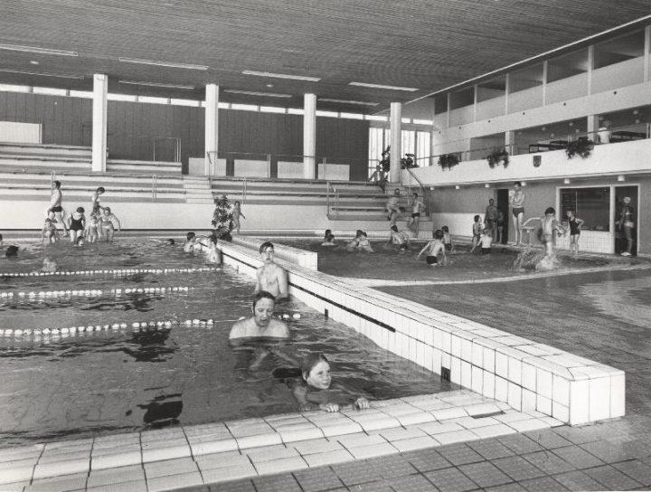 Swimming hall in 1971, Tapiola Swimming Hall
