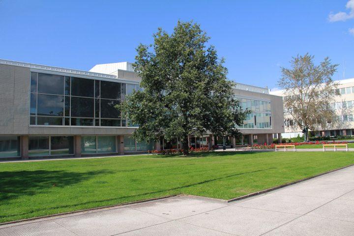 Main library's east elevation, University of Turku Main Campus