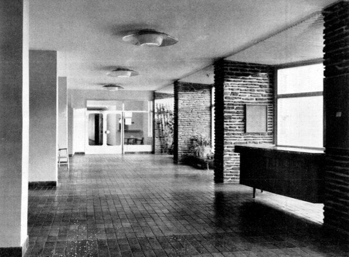 Entrance hall, Women's Co-housing Asuntoyhteistalo