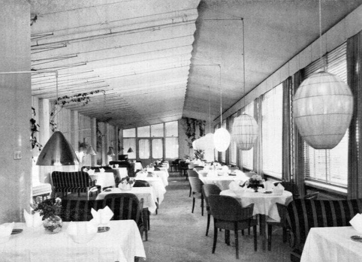 Restaurant 'White Lady', Women's Co-housing Asuntoyhteistalo