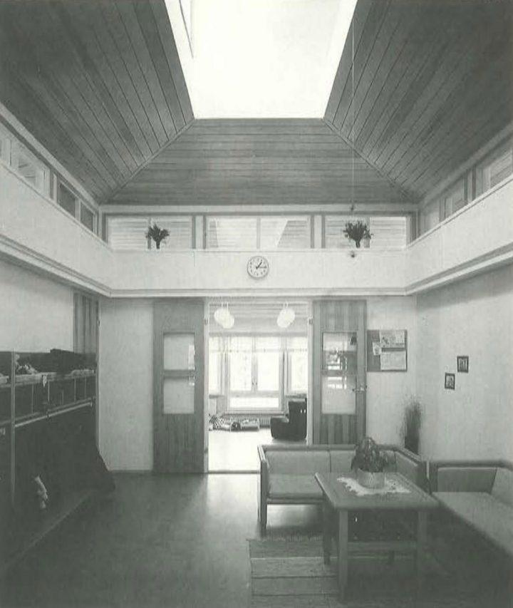 Entrance hall, Ravuri Daycare Centre