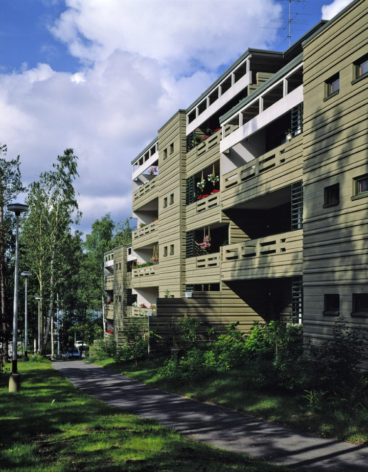Suvituuli, Suvikumpu Apartment Block